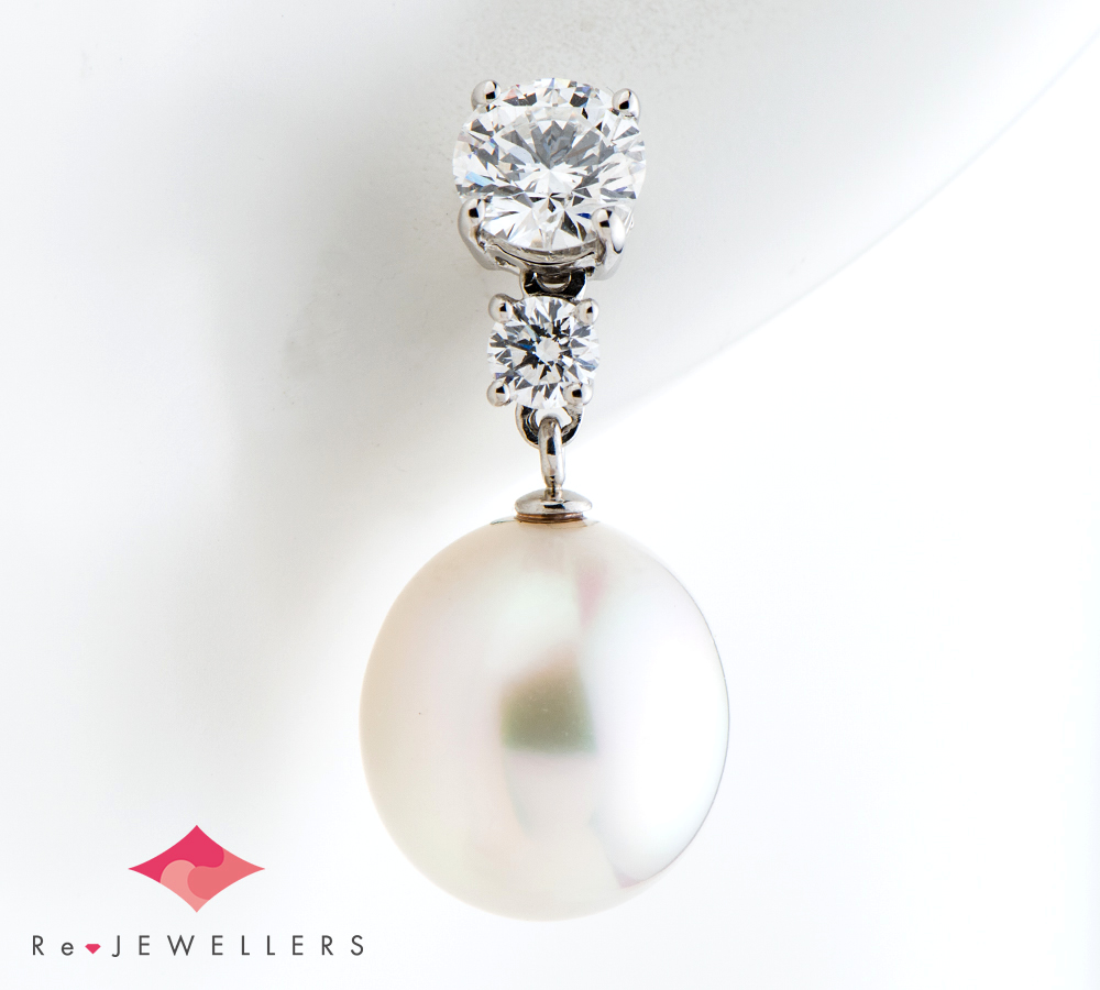ティファニー オーバルシェイプ 白蝶真珠(南洋真珠) ダイヤモンド プラチナ950 ピアス【中古】(2200000322449)