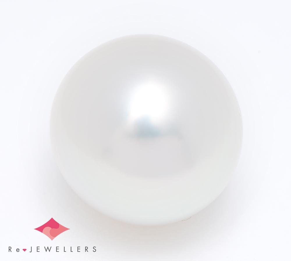 13.7mm 白蝶真珠(南洋真珠) ルース(2200000334794)