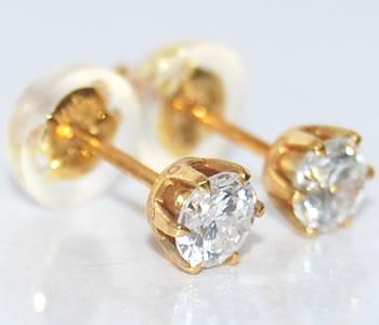 ダイヤモンド-0.44ct シンプル 6本爪デザイン K18 スタッドピアス 【店頭受取対応商品】