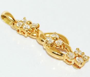 【送料無料】K18 ダイヤモンド-0.54ct デザインペンダントトップ