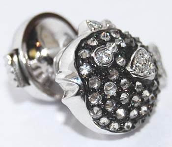 ダイヤモンド-0.40ct フグデザイン K18WG-ブラックメッキ  ラペルピン/ピンバッジ/ペンダントヘッド兼用 【受注発注】