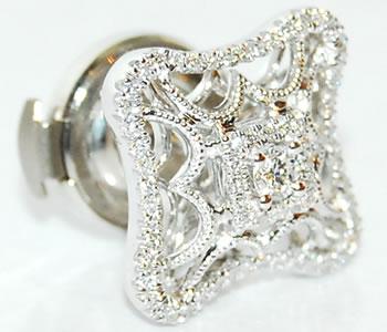 ダイヤモンド-0.25ct ミル打ち アンティーク風デザイン K18WG ピンバッジ/ラペルピン 【受注発注】
