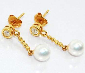 【送料無料】K18 あこや真珠-約4.8mm&ダイヤモンド シンプルボールチェーンピアス【店頭受取対応商品】