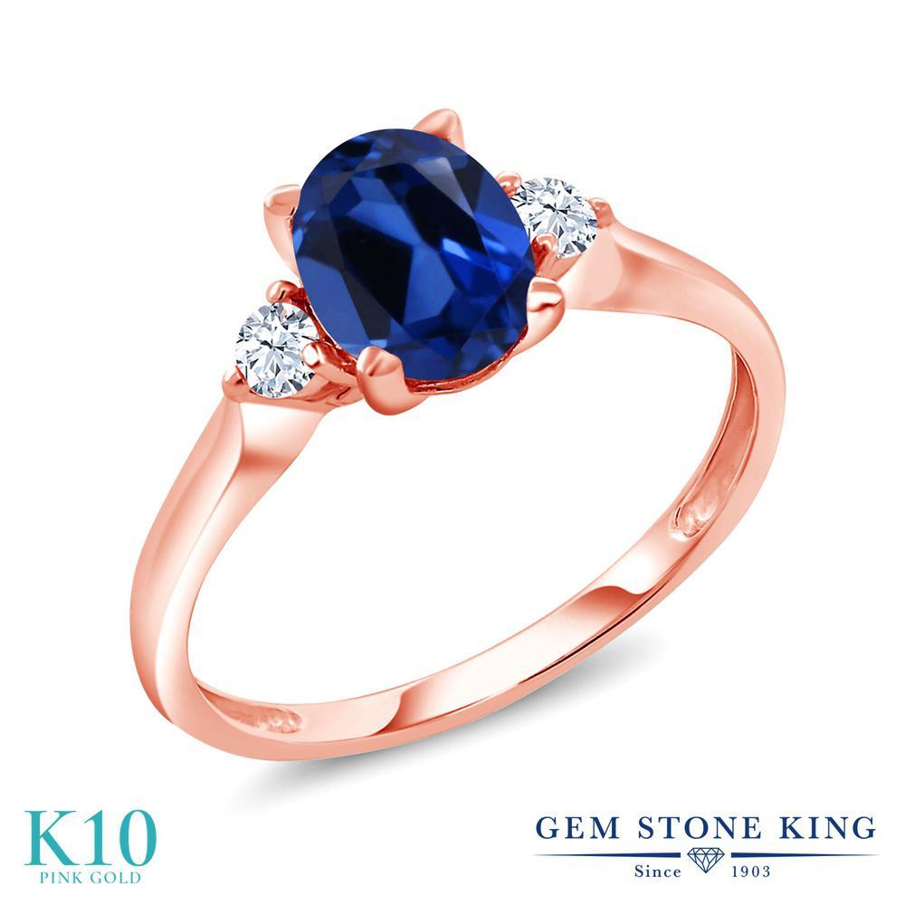 【10%OFF】 Gem Stone King 1.7カラット シミュレイテッド サファイア 合成ホワイトサファイア (ダイヤのような無色透明) 指輪 リング レディース 10金 ピンクゴールド K10 大粒 シンプル スリーストーン クリスマスプレゼント 女性 彼女 妻 誕生日
