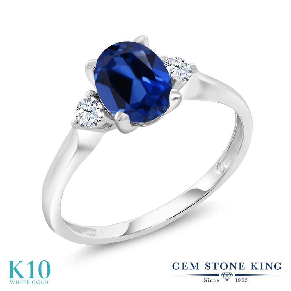 【10%OFF】 Gem Stone King 1.7カラット シミュレイテッド サファイア 合成ホワイトサファイア (ダイヤのような無色透明) 指輪 リング レディース 10金 ホワイトゴールド K10 大粒 シンプル スリーストーン クリスマスプレゼント 女性 彼女 妻 誕生日