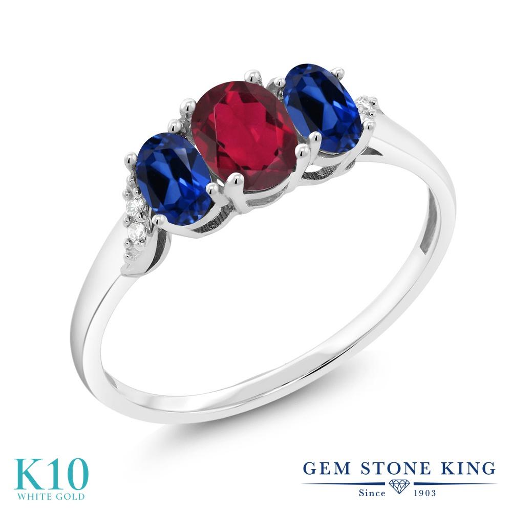 Gem Stone King 1.33カラット 天然 ミスティックトパーズ (ルビーレッド) シミュレイテッド サファイア 天然 ダイヤモンド 10金 ホワイトゴールド(K10) 指輪 リング レディース 小粒 スリーストーン 天然石 金属アレルギー対応 誕生日プレゼント