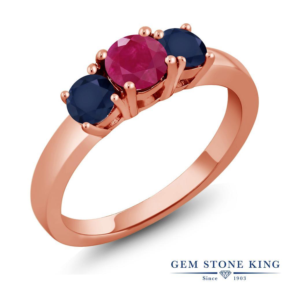 【10%OFF】 Gem Stone King 1.25カラット 天然 ルビー サファイア 指輪 リング レディース シルバー925 ピンクゴールド 加工 シンプル スリーストーン 天然石 7月 誕生石 クリスマスプレゼント 女性 彼女 妻 誕生日