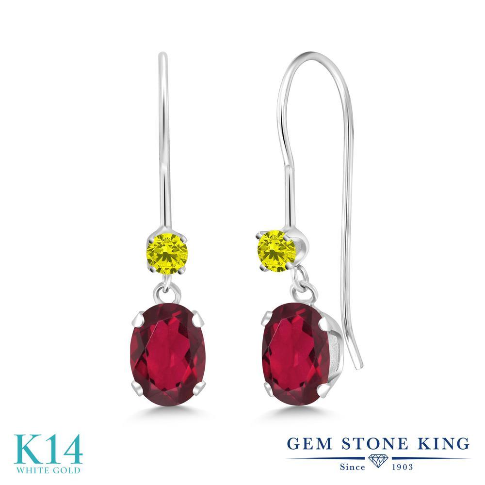 Gem Stone King 1.13カラット 天然 ミスティックトパーズ (ルビーレッド) 天然 イエローダイヤモンド 14金 ホワイトゴールド(K14) ピアス レディース 小粒 ぶら下がり アメリカン 揺れる 天然石 金属アレルギー対応 誕生日プレゼント