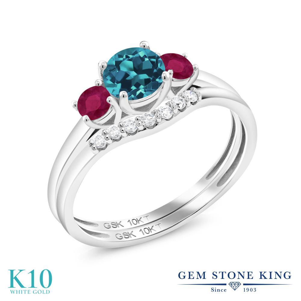 Gem Stone King 0.85カラット 天然 ロンドンブルートパーズ 天然 ルビー 合成ダイヤモンド 10金 ホワイトゴールド(K10) 指輪 リング レディース 小粒 スリーストーン 天然石 11月 誕生石 金属アレルギー対応 誕生日プレゼント