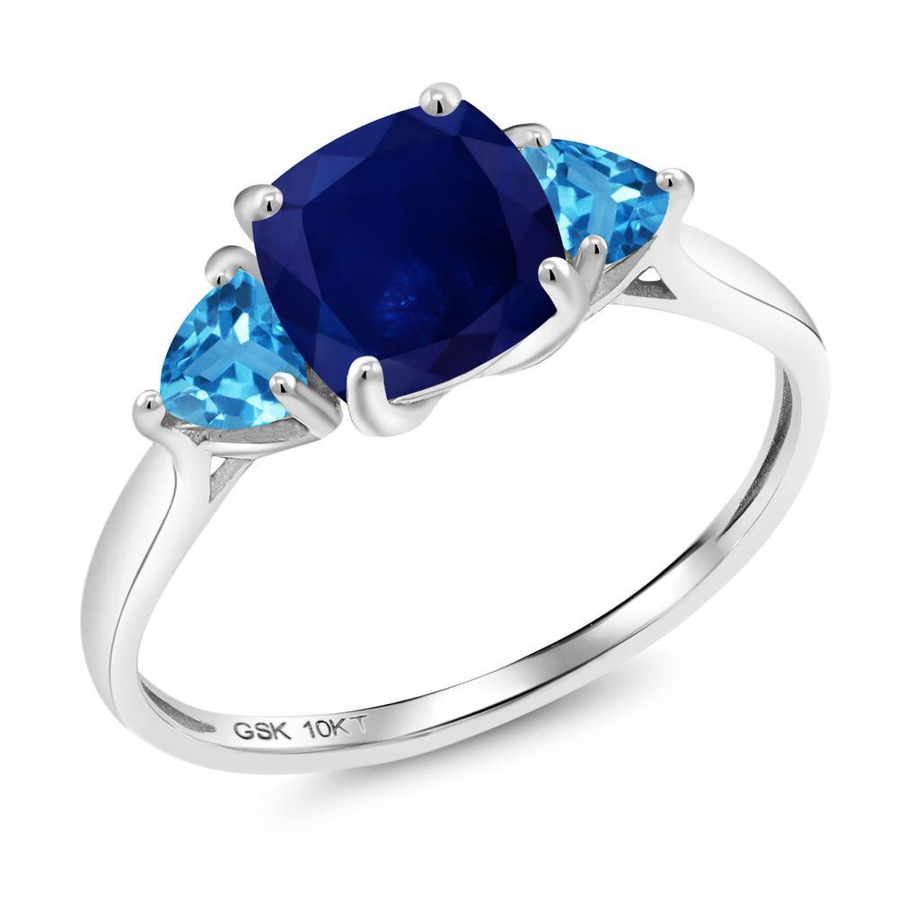 【10%OFF】 Gem Stone King 2.56カラット 天然 サファイア スイスブルートパーズ 指輪 リング レディース 10金 ホワイトゴールド K10 大粒 シンプル スリーストーン 天然石 9月 誕生石 婚約指輪 エンゲージリング
