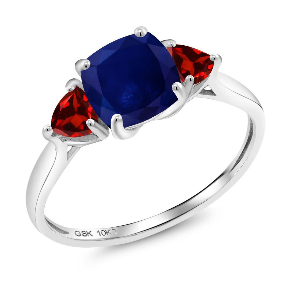 【10%OFF】 Gem Stone King 2.68カラット 天然 サファイア ガーネット 指輪 リング レディース 10金 ホワイトゴールド K10 大粒 シンプル スリーストーン 天然石 9月 誕生石 婚約指輪 エンゲージリング