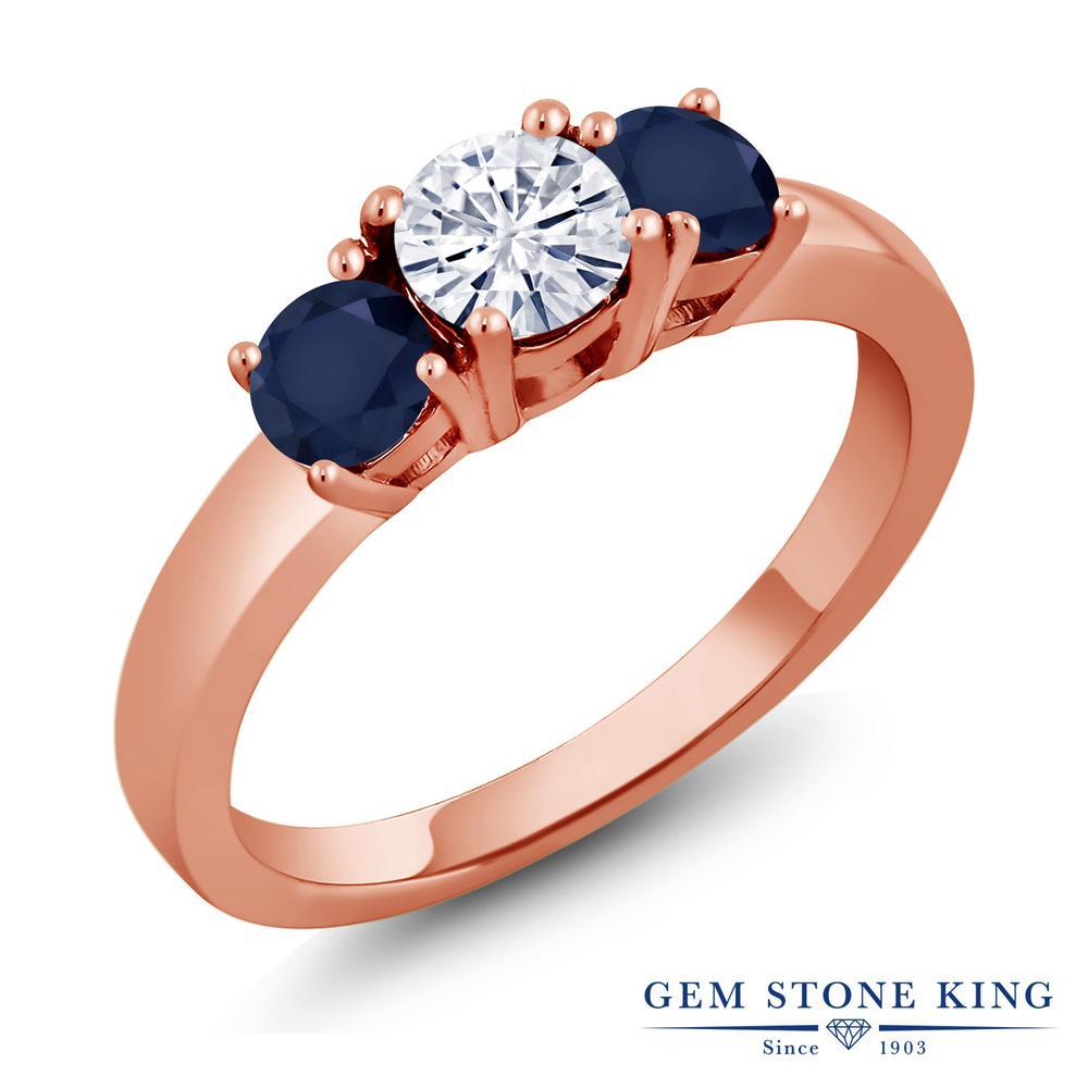 【10%OFF】 Gem Stone King 1.2カラット Forever Brilliant モアサナイト Charles & Colvard 天然 サファイア 指輪 リング レディース シルバー925 ピンクゴールド 加工 モアッサナイト 小粒 シンプル スリーストーン クリスマスプレゼント 女性 彼女 妻 誕生日