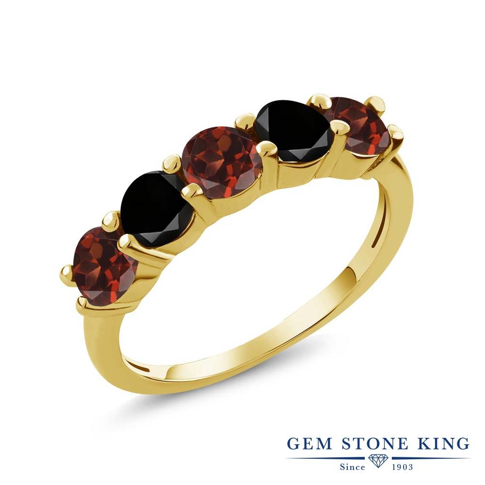 Gem Stone King 0.94カラット 天然 ガーネット 天然ブラックダイヤモンド シルバー925 イエローゴールドコーティング 指輪 リング レディース 小粒 ハーフエタニティ 天然石 1月 誕生石 金属アレルギー対応 結婚指輪 ウェディングバンド