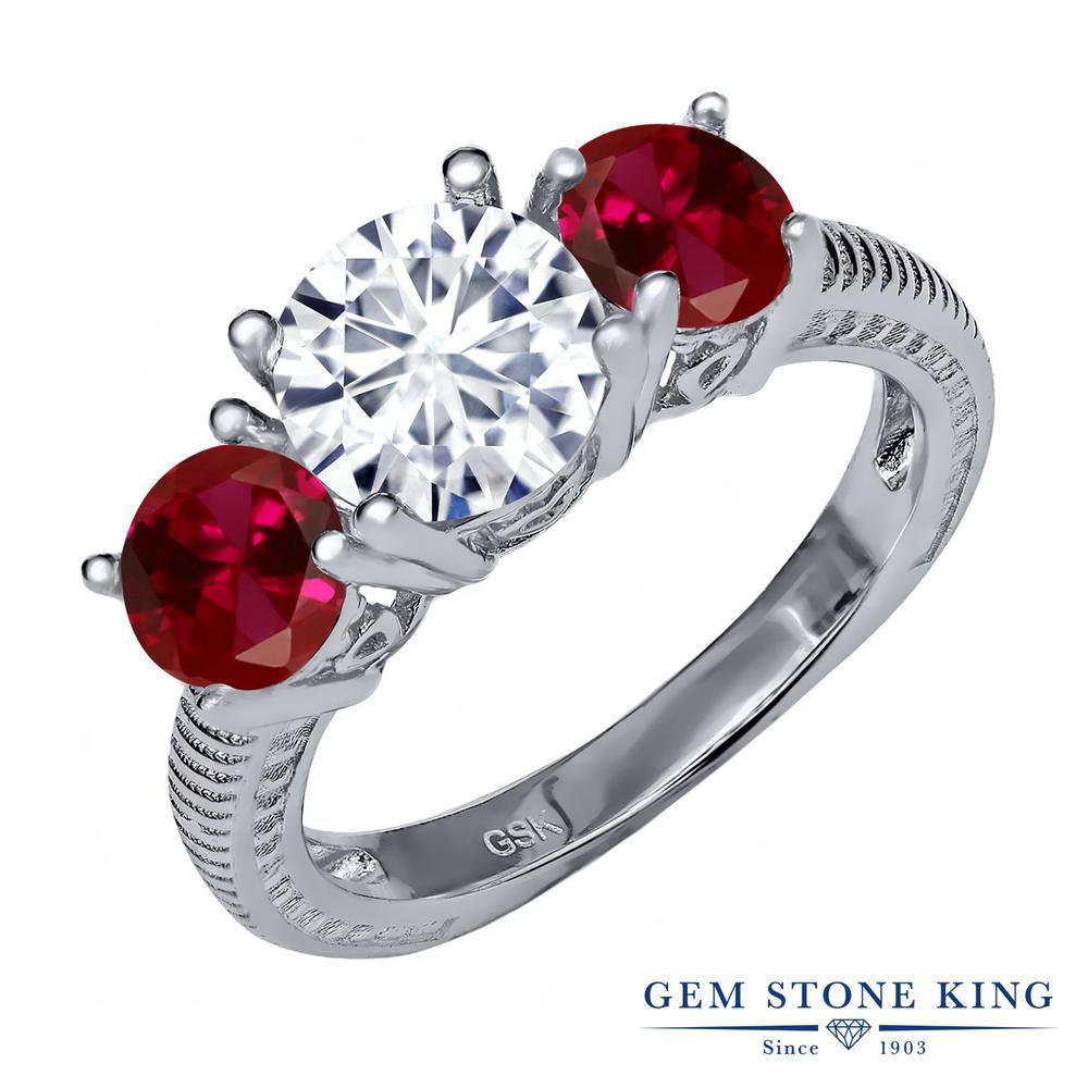 Gem Stone King 3.2カラット Forever Classic モアッサナイト Charles & Colvard 合成ルビー シルバー925 指輪 リング レディース モアサナイト 大粒 シンプル スリーストーン 金属アレルギー対応 誕生日プレゼント