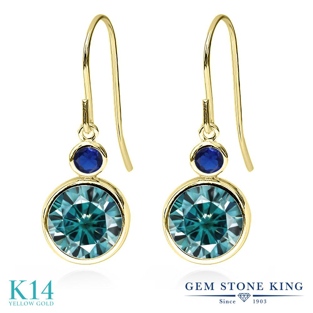 Gem Stone King 4.84カラット ブルー モアサナイト Charles & Colvard シミュレイテッド サファイア 14金 イエローゴールド(K14) ピアス レディース モアッサナイト 大粒 ぶら下がり フレンチワイヤー 金属アレルギー対応 誕生日プレゼント