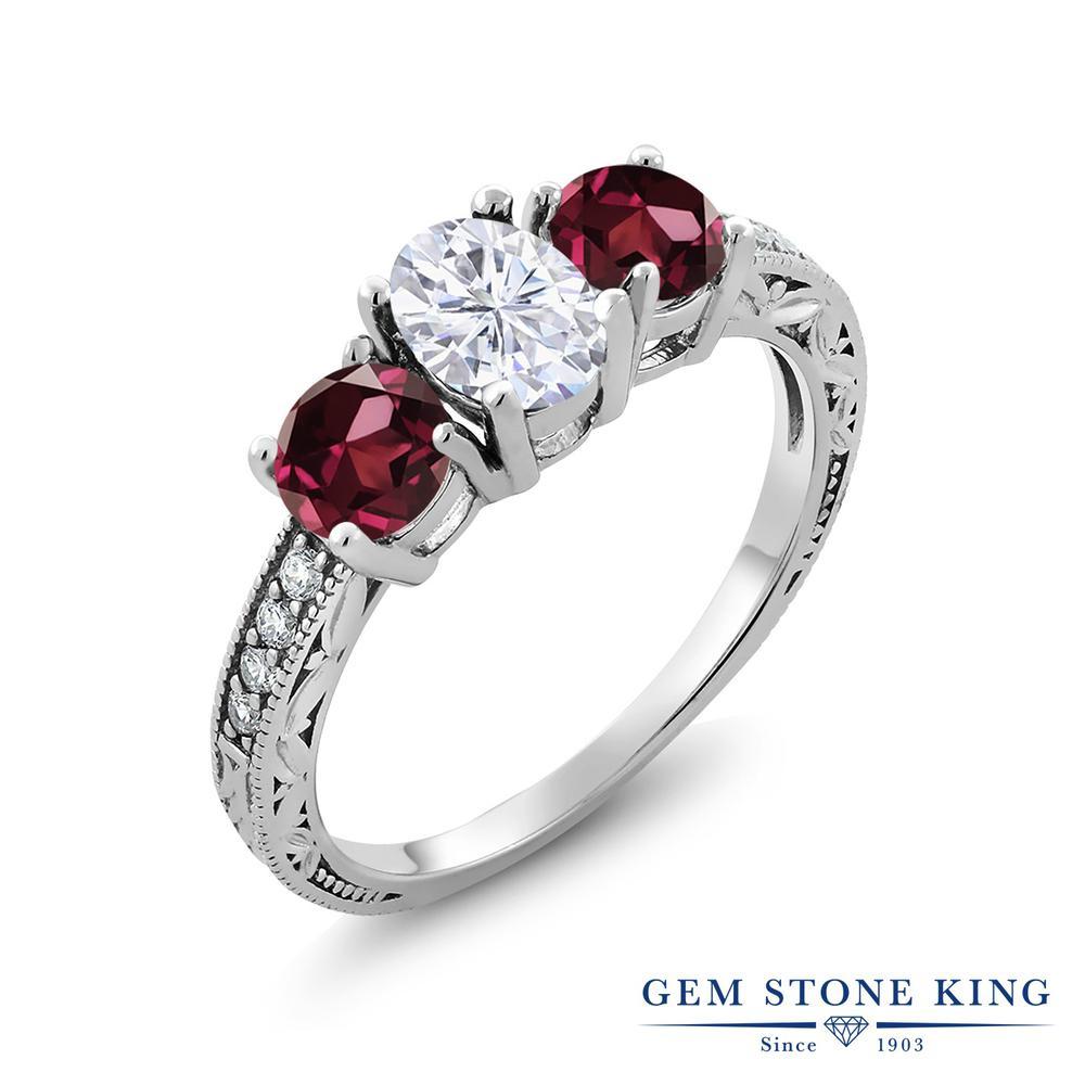 【10%OFF】 Gem Stone King 2.22カラット Forever Brilliant モアサナイト Charles & Colvard 天然 ロードライトガーネット 指輪 リング レディース シルバー925 モアッサナイト スリーストーン クリスマスプレゼント 女性 彼女 妻 誕生日