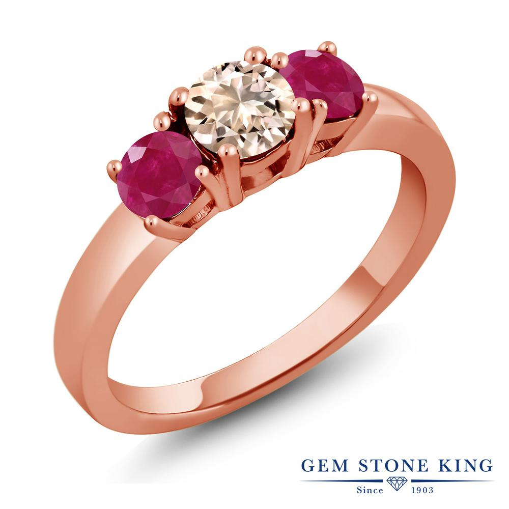 Gem Stone King 1.1カラット 天然 モルガナイト (ピーチ) 天然 ルビー シルバー925 ピンクゴールドコーティング 指輪 リング レディース 小粒 シンプル スリーストーン 天然石 3月 誕生石 金属アレルギー対応 誕生日プレゼント