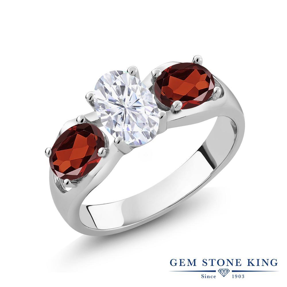 Gem Stone King 2.04カラット Forever Brilliant モアサナイト Charles & Colvard 天然 ガーネット シルバー925 指輪 リング レディース モアッサナイト シンプル スリーストーン 金属アレルギー対応 誕生日プレゼント