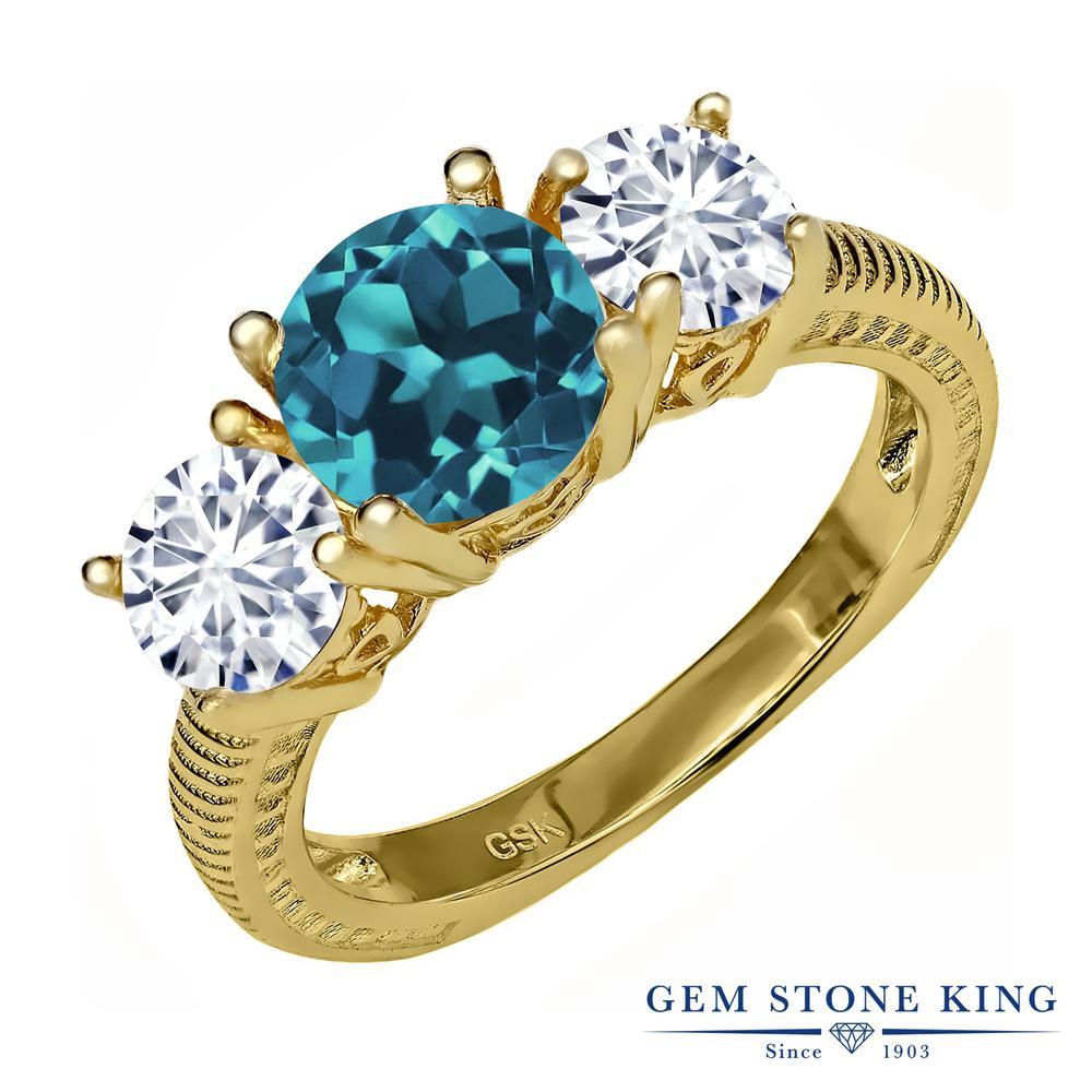 Gem Stone King 2.7カラット 天然 ロンドンブルートパーズ モアッサナイト Charles & Colvard シルバー925 イエローゴールドコーティング 指輪 リング レディース 大粒 シンプル スリーストーン 天然石 11月 誕生石 金属アレルギー対応 誕生日プレゼント