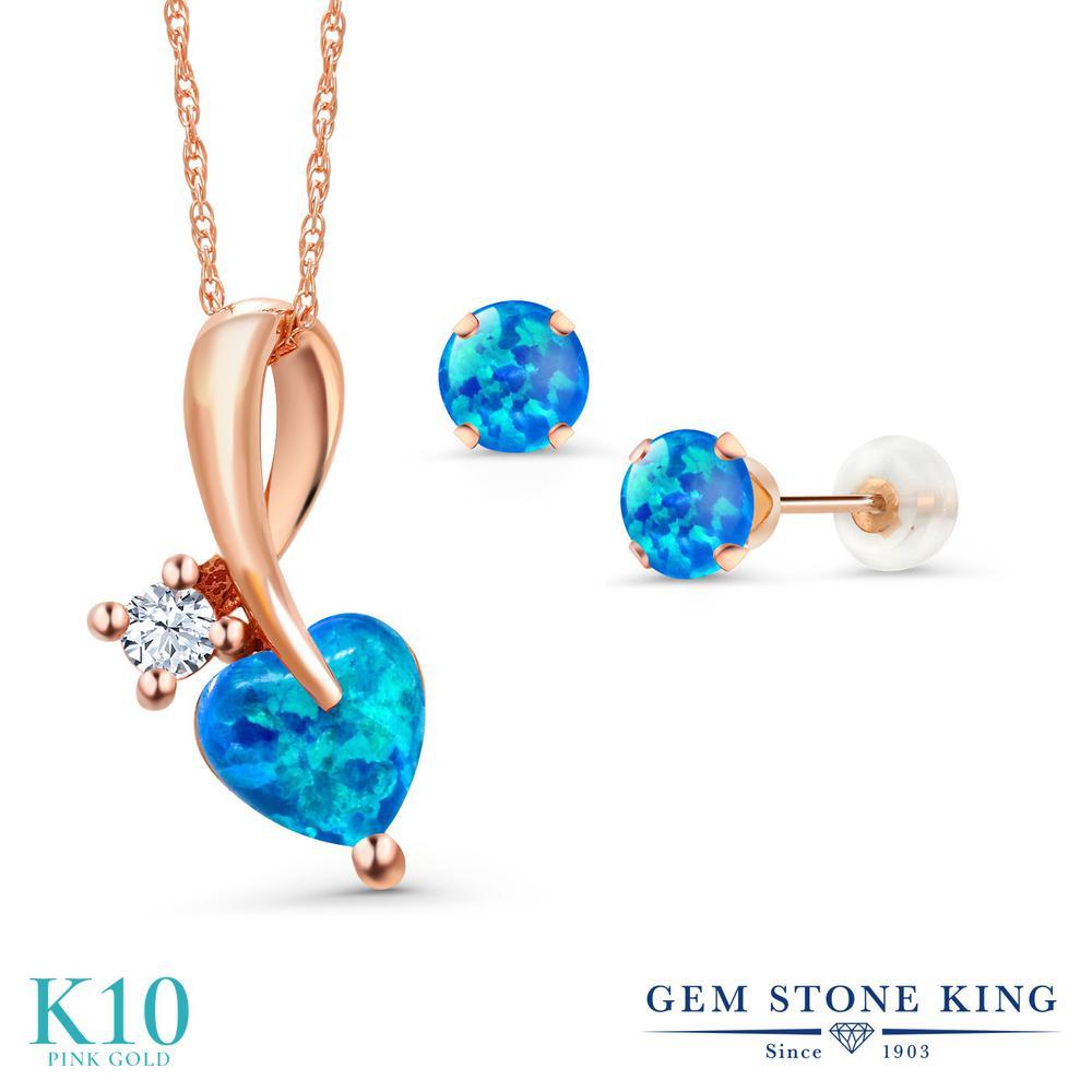 Gem Stone King 1.88カラット シミュレイテッド ブルーオパール 10金 ピンクゴールド(K10) ペンダント&ピアスセット レディース 10月 誕生石 金属アレルギー対応 誕生日プレゼント