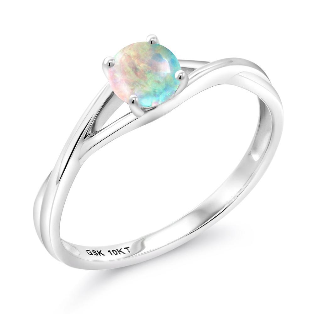 Gem Stone King 0.5カラット シミュレイテッド ホワイトオパール 10金 ホワイトゴールド(K10) 指輪 リング レディース 小粒 一粒 シンプル バンド 10月 誕生石 金属アレルギー対応 婚約指輪 エンゲージリング