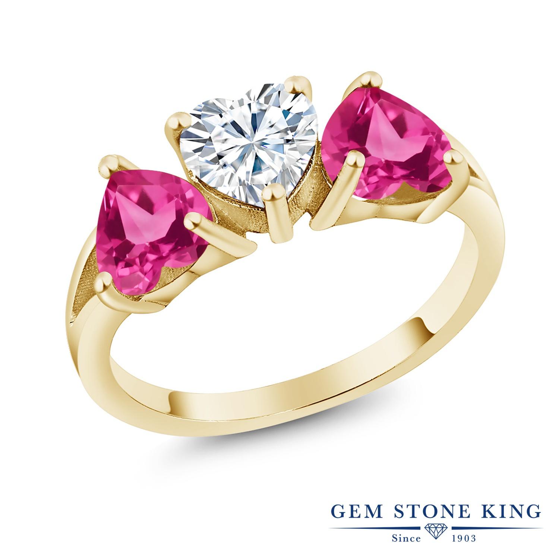 Gem Stone King 2.4カラット Forever Brilliant モアサナイト Charles & Colvard 合成ピンクサファイア シルバー925 イエローゴールドコーティング 指輪 リング レディース モアッサナイト シンプル スリーストーン 金属アレルギー対応 誕生日プレゼント