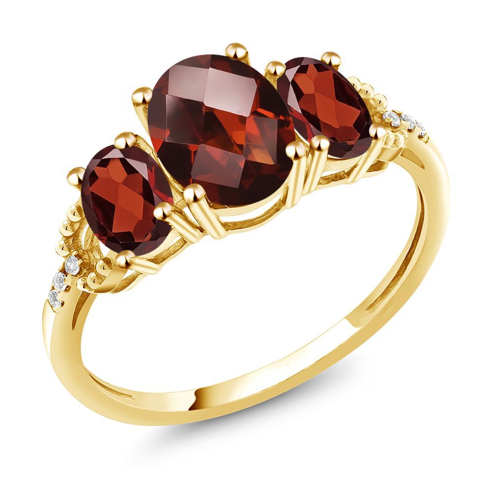 Gem Stone King 2.72カラット 天然 ガーネット 天然 ダイヤモンド 10金 イエローゴールド(K10) 指輪 リング レディース 大粒 スリーストーン 天然石 1月 誕生石 金属アレルギー対応 誕生日プレゼント