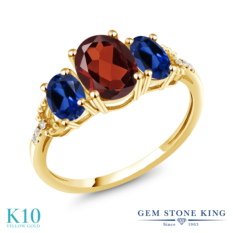 Gem Stone King 2.74カラット 天然 ガーネット シミュレイテッド サファイア 天然 ダイヤモンド 10金 イエローゴールド(K10) 指輪 リング レディース 大粒 スリーストーン 天然石 1月 誕生石 金属アレルギー対応 誕生日プレゼント