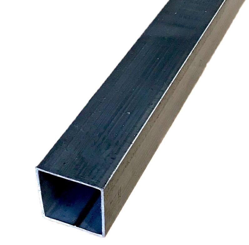 ☆鉄 スチール 角パイプ 様々な用途にどうぞ☆ 鉄 厚さ1.6ミリ×19ミリ×19ミリ 長さ0.5m ご容赦下さい 重さ約0.5kg ※材質状錆が浮いている場合がありますが 低価格 在庫処分 無塗装 ※普通の鉄の四角いパイプです 生地
