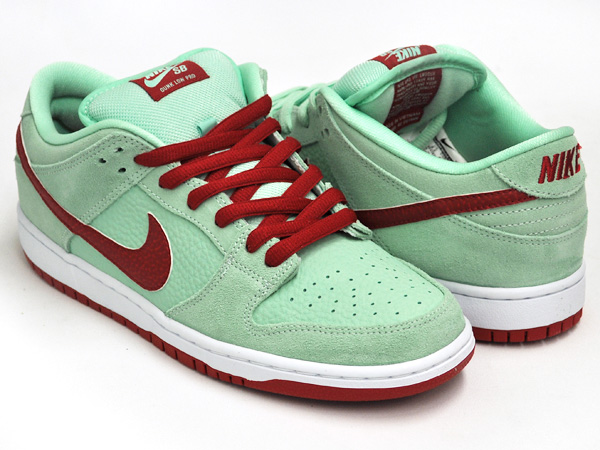 new style a8544 2a220 NIKE DUNK LOW PRO SB MEDIUM MINT / GYM RED - WHITE