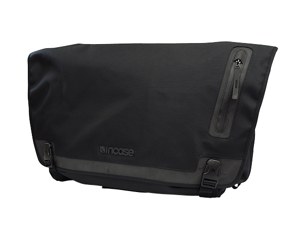 Incase Messenger Bag Black