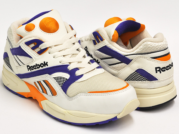4dd72779b0f gettry  Reebok PUMP GRAPHLITE VINTAGE CHALK   SANDTRAP and PURPLE ...