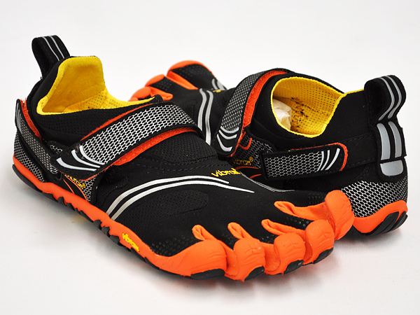 new style 3c88a c318c Vibram FiveFingers KOMODO SPORT BLACK   ORANGE   GREY ...