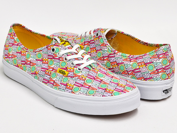 6dcd7c609f6cb8 gettrymag  VANS AUTHENTIC (THE BEATLES) ALL YOU NEED IS LOVE ...