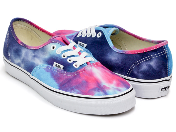 c26d3c9de6cc gettrymag  VANS AUTHENTIC (TIE DYE) PINK   BLUE