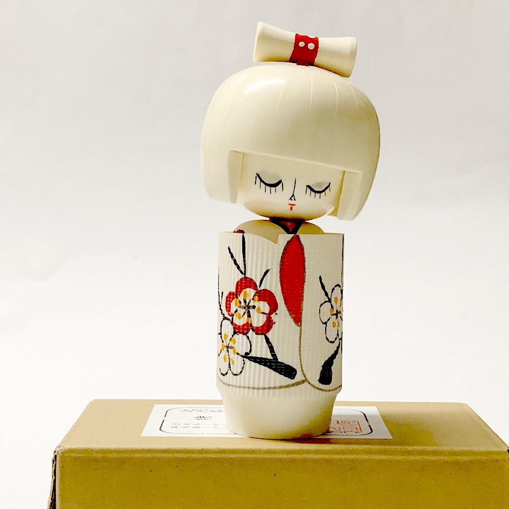 日本の民芸品 こけし人形 年間定番 外国人が喜ぶ日本のお土産 大好評 こけし 待春 まちはる 日本のおみやげ 人形 民芸玩具 ホームステイのおみやげ 日本のお土産 まとめ買い特価 外国人への贈り物