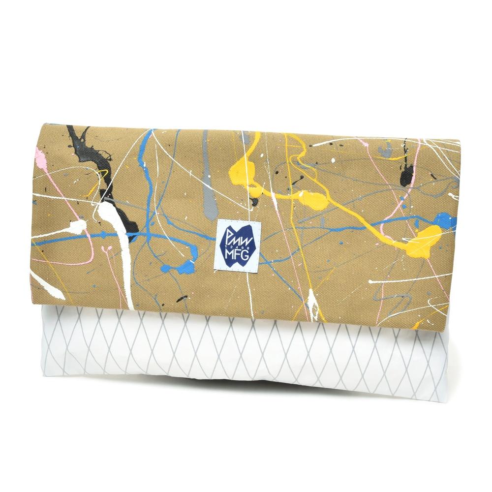 PMW MFG(ピーエムダブリュー エムエフジー)セールクロス×コットンキャンバスペイントクラッチバッグ TAKEAWAY SE 18471002112
