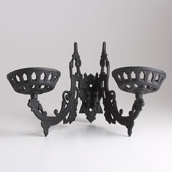 壁掛けランプ用アイアンブラケット ダブル 鋳鉄製 BPS402