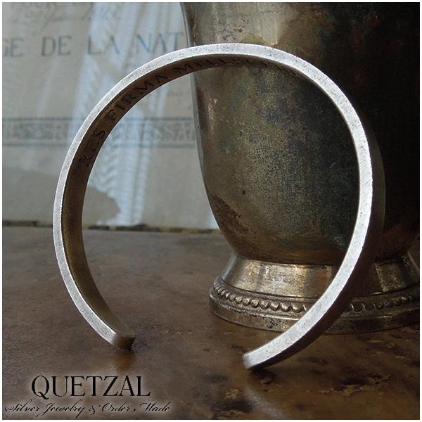 Quetzal フラットバングル ブランド シルバーブレスレット ブレスレット シルバー925 メンズ ケツァール ケツアール アンティーク ヴィンテージ クラシック ゴシック アラベスク 唐草 美術 腕輪 プレゼント