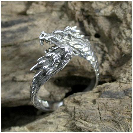 双頭の龍リング 9号~17号 指輪 リング Ringメンズ レディース 男性女性指輪 プレゼント 人気 かわいい おしゃれ