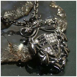 AVALON 王家の紋章シルバーペンダントトップ チェーンなし ヘッド トップ 925 銀の蔵 ネックレス ネックレスメンズ レディース 男性女性 ブランド プレゼント 人気 彼氏 かわいい おしゃれ