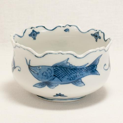 染付魚紋 輪花小鉢〔清風与平〕