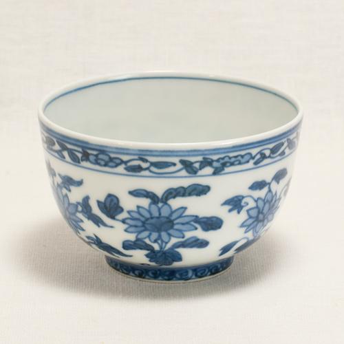 染付花卉紋煎茶碗〔清風与平〕