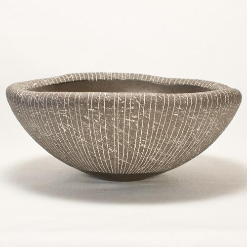 黒陶 重た鉢