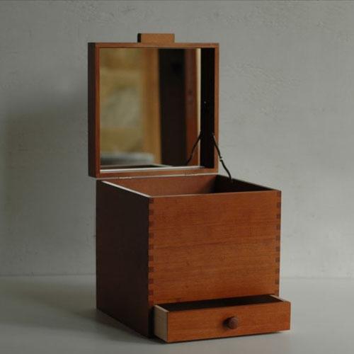 倉敷意匠計画室 ツガの化粧ボックス