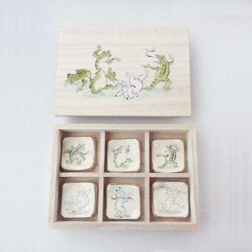 京焼・清水焼 陶泉窯 高山寺 鳥獣人物戯画 箸置き 6個木箱入り