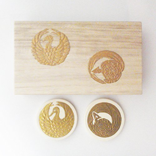 京焼・清水焼 陶泉窯 金彩 鶴亀縁起 箸置き 2個木箱入り