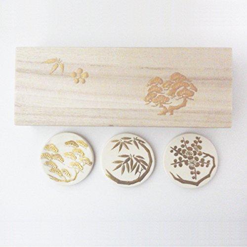 京焼・清水焼 陶泉窯 金彩 松竹梅縁起 箸置き 3個木箱入り
