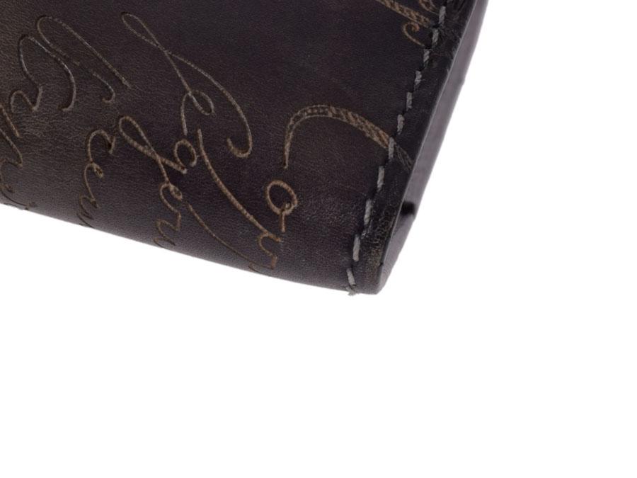 Berluti,与书法 venetiaresa 黑色-Berluti 书书签