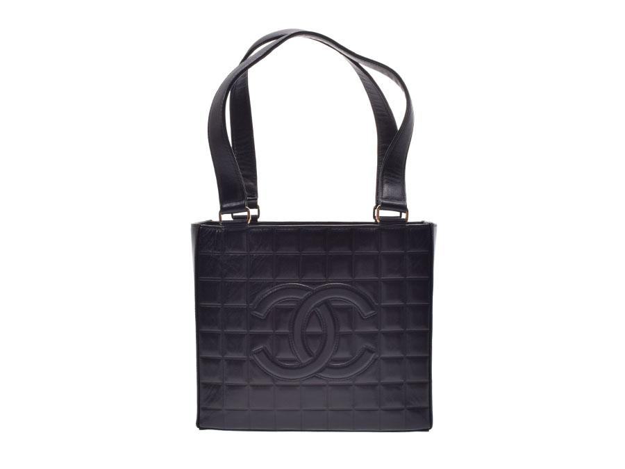 8bea20d06026 Used Chanel chocolate bar shoulder bag calf black box guarantee CHANEL◇